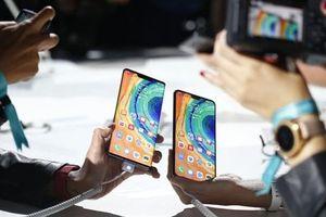 Mỹ đang thiệt hại nhiều hơn Huawei?