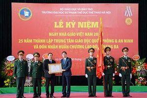 Trung tâm Giáo dục Quốc phòng và an ninh đón nhận Huân chương Lao động hạng Ba