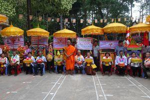 Phum Sóc Khmer rộn ràng ngày lễ Kathina