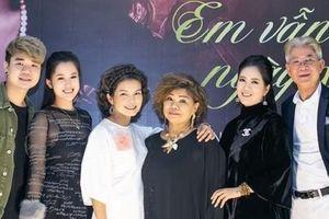 'Em vẫn như ngày xưa': Liveshow kỷ niệm chặng đường 55 năm ca hát của NSND Thanh Hoa