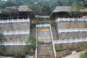Cận cảnh công trình 'bí mật' trên núi ở Lạng Sơn nghi là phim trường của nhóm người Trung Quốc