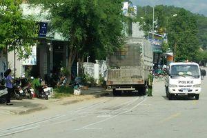 Va vào xe tải ngược chiều, 2 người phụ nữ tử vong