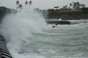 Vì sao bão số 6 liên tục tăng cấp trong những giờ qua?