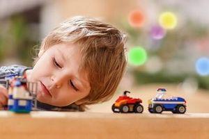 Cần có biện pháp cụ thể quan tâm đến trẻ tự kỷ