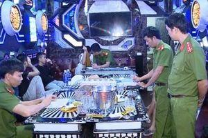 Phát hiện 28 'dân chơi' sử dụng ma túy trong quán karaoke