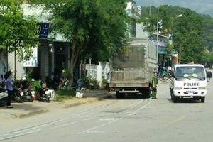 Hai chị em tử vong tại chỗ sau khi va chạm với xe tải