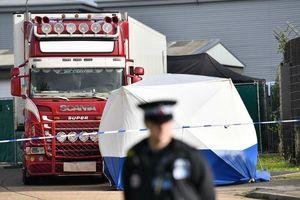 Chính thức công bố danh tính 39 nạn nhân tử vong ở Anh