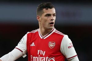 Arsenal sẽ bán Xhaka trong tháng 1/2020