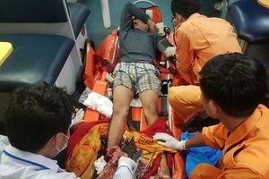 Cứu nạn ngư dân bị đứt lìa chân