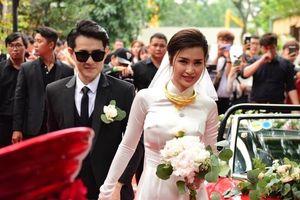 Những bộ áo dài trắng trong lễ ăn hỏi siêu đẹp của Đông Nhi và các sao Việt