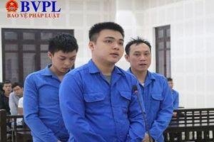 Nhóm côn đồ 'bảo kê' quán ăn của người nước ngoài ở Đà Nẵng