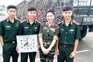 Ba anh em sinh 3 Nghệ An từng đạt 'kỳ tích đại học' cùng lên sóng 'Chúng tôi là chiến sĩ'
