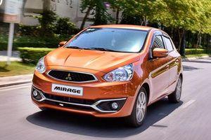 Mitsubishi giảm giá mạnh với hàng loạt xe, tặng quà 'khủng'