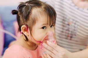 Thực hư thông tin 'virus RSV lây qua đường hôn gây nguy hiểm cho trẻ'?
