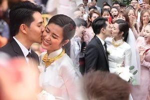 Ngày đôi ta là của nhau: Đông Nhi - Ông Cao Thắng cười tít mắt, liên tục hôn nhau trong đám cưới