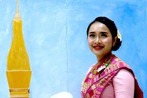Những 'bông hoa Champa' trong cuộc thi hùng biện tiếng Việt cho lưu học sinh Lào