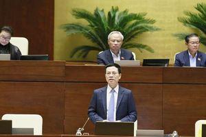 Cử tri mong muốn Bộ trưởng Nguyễn Mạnh Hùng mạnh tay với thông tin giả