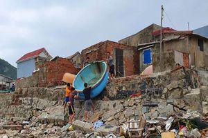 Cuộc sơ tán dân tránh bão số 6 lớn nhất ở Phú Yên