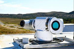 Mỹ thử nghiệm hệ thống laser có thể bắn hạ nhiều drone
