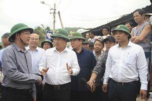 Phó Thủ tướng Trịnh Đình Dũng: Cần chủ động đối phó với mọi tình huống khi bão số 6 đổ bộ vào đất liền