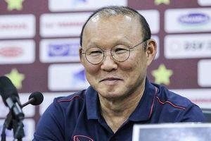 Thầy Park nhận 50 ngàn đô/tháng, lương HLV cùng bảng G VL World Cup thế nào?