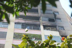 Hai vụ cháy lớn trong một buổi sáng tại Hà Nội
