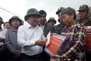 Phó Thủ tướng Trịnh Đình Dũng kiểm tra, chỉ đạo đối phó bão số 6 tại Bình Định