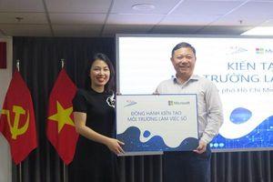 Microsoft tặng phần mềm cho các cơ quan báo chí TP Hồ Chí Minh