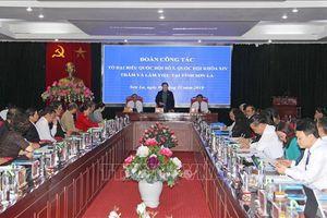 Phó Chủ tịch Quốc hội Tòng Thị Phóng thăm, làm việc tại tỉnh Sơn La