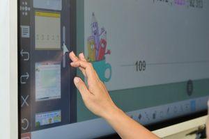 Samsung và CMC giới thiệu giải pháp thông minh cho hội họp với bảng đa năng Flip2