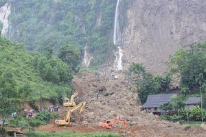 Quảng Ninh: Sạt lở đất đá làm 5 người thương vong