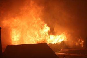 Ninh Bình: Cháy chợ Gián Khẩu, thiệt hại hàng tỷ đồng
