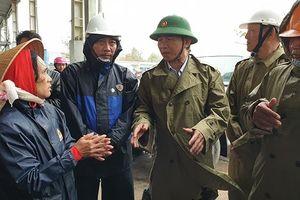 Bình Định khẩn trương di dời dân trước khi bão đổ bộ