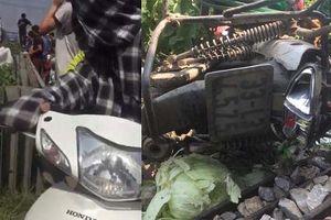 Hà Nội: Băng qua đường sắt, người phụ nư bị tàu hỏa đâm tử vong thương tâm