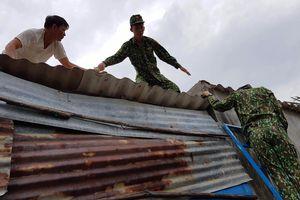 BĐBP Bình Định tiếp tục vận động và kêu gọi tàu thuyền tránh trú bão số 6