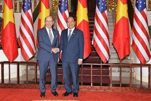 Phái đoàn thương mại Mỹ thăm Việt Nam, ký 5 thỏa thuận kinh doanh lớn