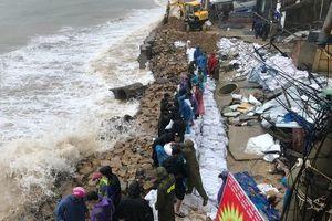 Các tỉnh Nam Trung Bộ gấp rút triển khai phương án ứng phó trước giờ bão số 6 đổ bộ