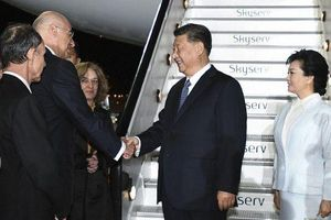 Đến Athens, ông Tập Cận Bình là Chủ tịch Trung Quốc đầu tiên thăm Hy Lạp sau 11 năm