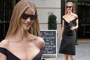 Bạn gái 'Người vận chuyển' diện váy khoét ngực sâu táo bạo