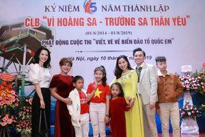 Gia đình 7 người cùng tham gia CLB 'Vì Hoàng Sa - Trường Sa thân yêu'