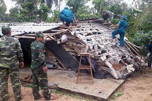 Bão số 6 làm 2 người chết và hơn 300 ngôi nhà bị ngập