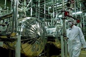 Iran tái khởi động làm giàu urani