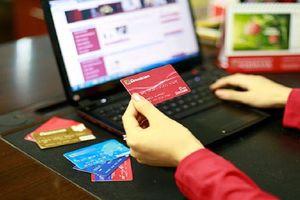 Chuyển tiền nhầm tài khoản: Ngân hàng có thể phong tỏa tài khoản để lấy lại tiền cho khách hàng