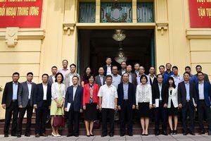 Trưởng các cơ quan đại diện Việt Nam ở nước ngoài làm việc với Lãnh đạo Ban Đối ngoại Trung ương