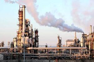 Căng thẳng thương mại Mỹ - Trung khiến giá dầu thô đi xuống