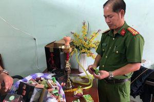 Nhập lậu thuốc shisha từ Trung Quốc về để bán Tết