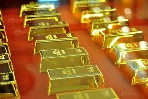 Giá vàng liên tục giảm xuống mức thấp