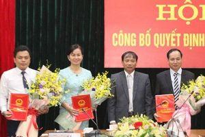 Kiện toàn nhân sự TP Hồ Chí Minh và 3 tỉnh