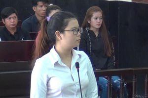 Đâm chết đồng nghiệp, nữ tiếp viên karaoke lãnh 16 năm tù