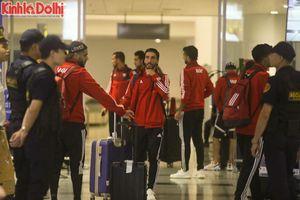 ĐT UAE đến Việt Nam vào nửa đêm, sẵn sàng quyết đấu cùng thầy trò HLV Park Hang-seo